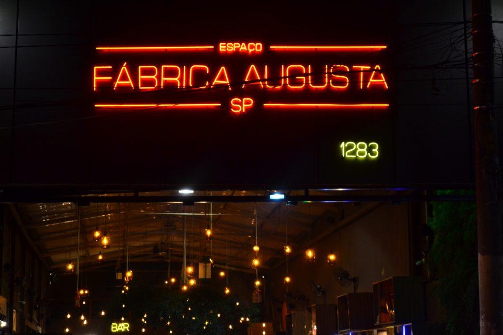 Uliving - Melhores Rolês de São Paulo - Fábrica Drinks Augusta