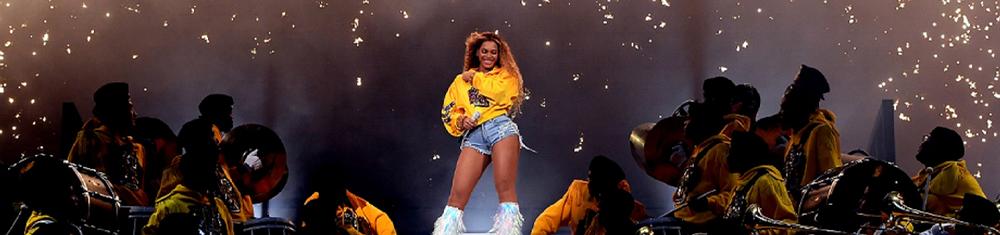 Beyoncé no palco do Coachella, em 2018