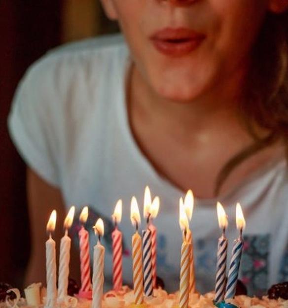 Comemoração de aniversario na moradia estudantil Uliving