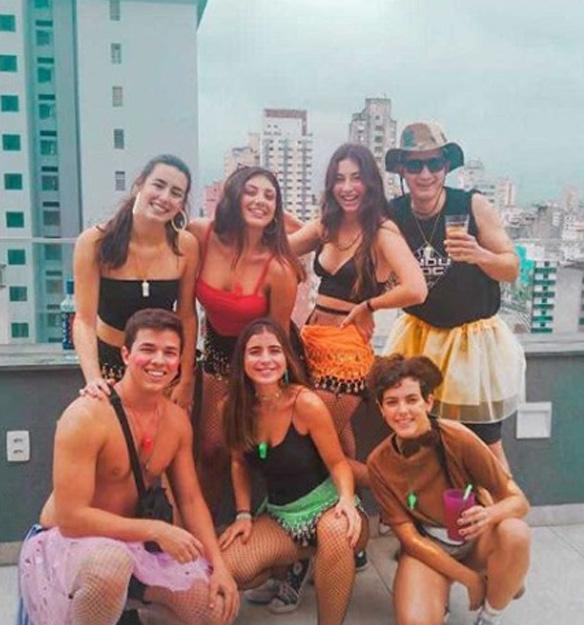 Comemora o carnaval com seus amigos da moradia estudantil Uliving