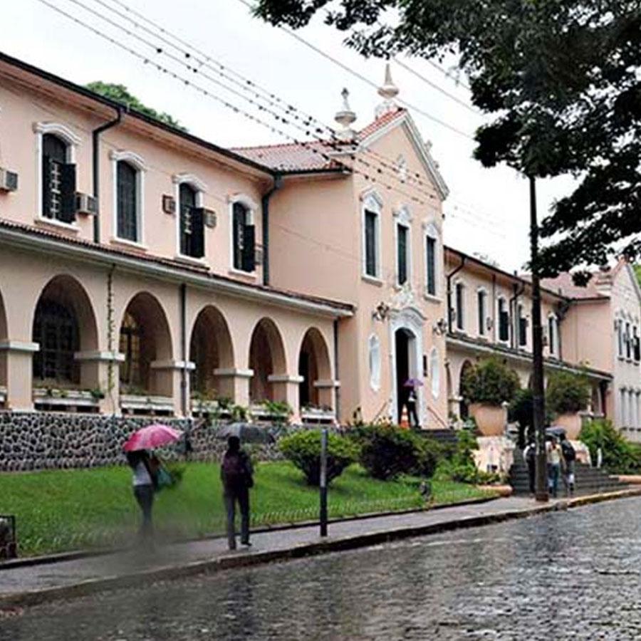 Moradia estudantil Uliving próxima a USP Ribeirão Preto